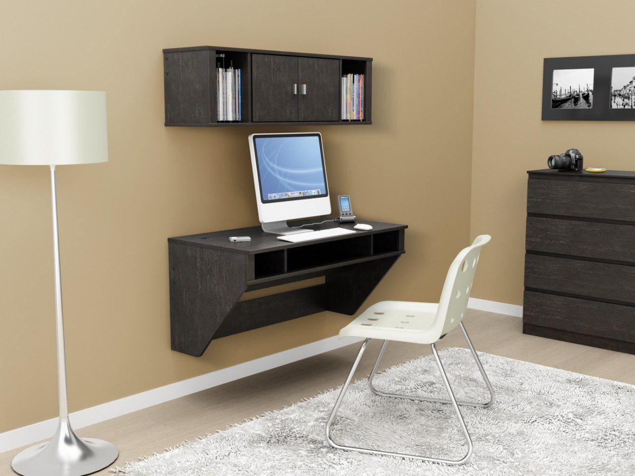 Beautiful floating desk with computer - Taskmasters Dubai