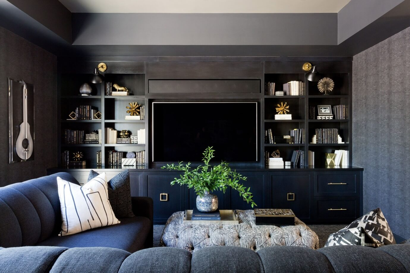 Living room with TV focal point - Task Masters Dubai