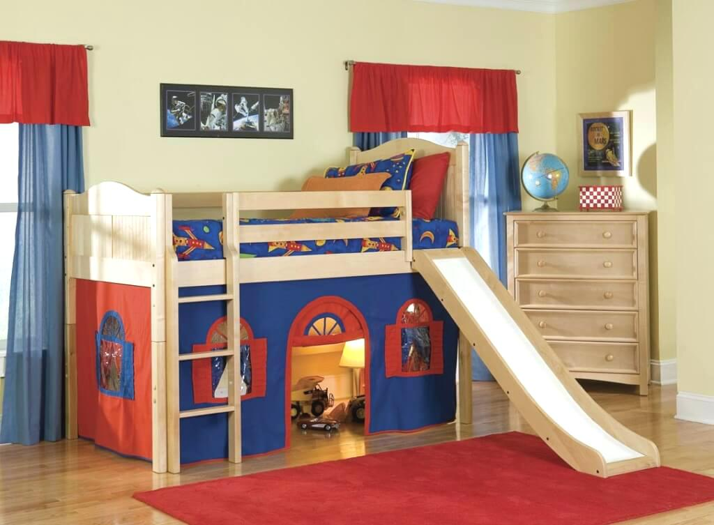 Bed in Kids room - Taskmasters