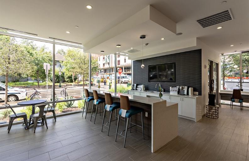 sleek and urban floor plan - Taskmasters